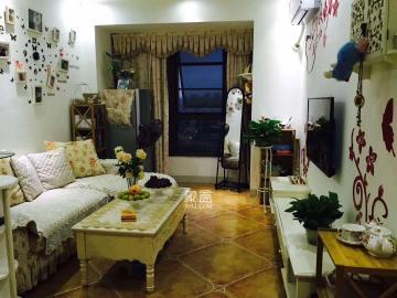 居家精装两房,拎包入住,是您温馨居家**。