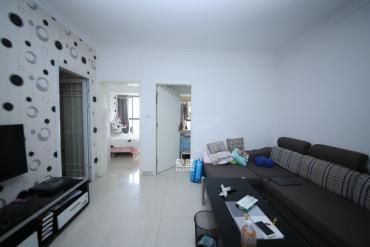 百纳广场(百纳公寓)  2室1厅1卫    69.8万