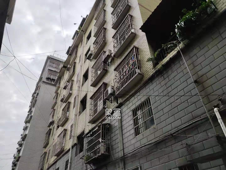 龙泉新苑精装3房业主诚意出售