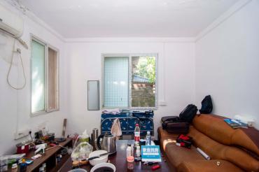 高正街散盤  2室1廳1衛    60.0萬
