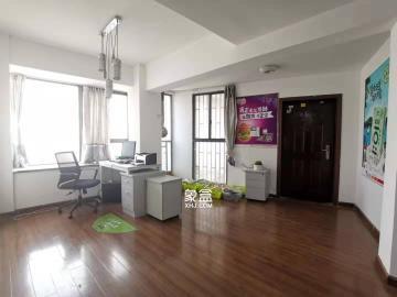 西城龙庭  4室2厅2卫    3100.0元/月
