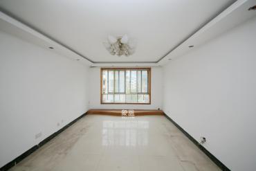 新世紀家園  4室2廳3衛    142.8萬