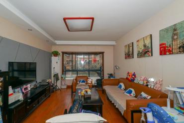 省政府近地鐵口 明德中學板塊 精裝兩房 適合居家 還等什么
