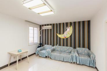 龙吉湾小区(龙瑞尚苑)  2室2厅1卫    66.0万