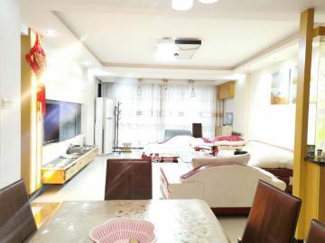 浏阳河畔家园  3室2厅2卫    3000.0元/月