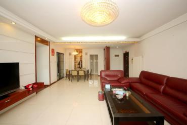 雅林园  4室2厅2卫    210.0万