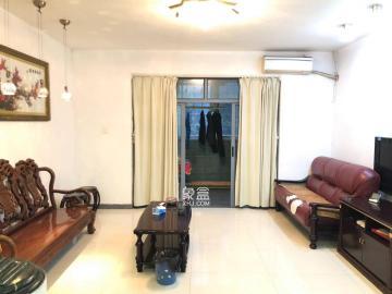 银港水晶城  4室2厅2卫    215.0万