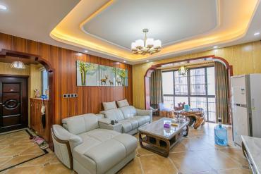 家和院  4室2厅2卫    129.8万