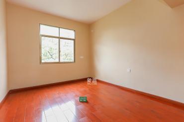 城建學院(古堆山城建學校宿舍)  3室2廳1衛    1500.0元/月