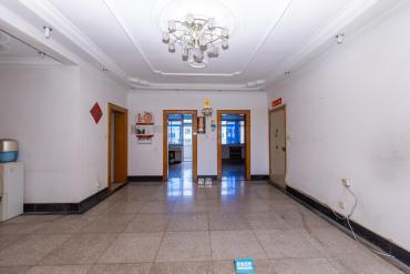 市政協宿舍  4室2廳2衛    129.0萬