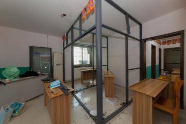 海东青大厦  3室2厅1卫    120.0万