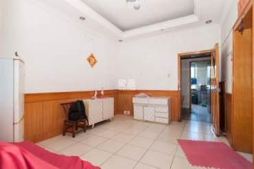 东瓜山一村  1室1厅1卫    32.8万