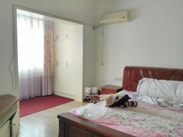沿江好小区滨江东苑顶楼复式送一层送车库降价了只要66.8万