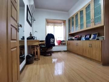 金谷家园  4室2厅1卫    88.8万