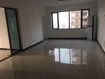 三房兩廳 空間很大 房東承租