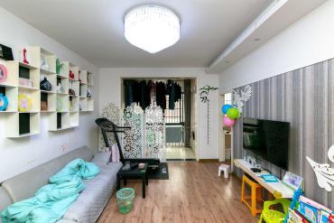 雨花亭商圈 臨近市中心醫院 瑞都華庭 精裝三居室