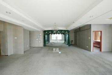 建鴻達現代城  2室1廳1衛    128.0萬