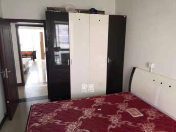 城西公寓(西城門第)  3室2廳1衛    2600.0元/月
