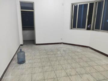 富南公寓  3室2厅2卫    147.0万