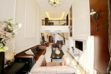 湘江中路 金色屋顶全线江景 带中央空调 诚心出售 随时看房!