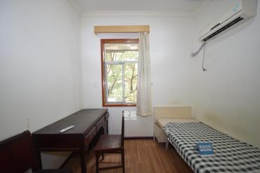 金科园  3室1厅1卫    76.0万