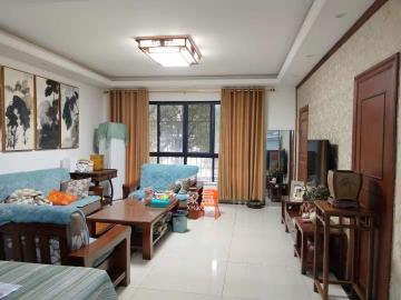 天元区 好地段 中式豪装大三房 送单独大露台