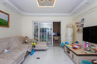 精裝三房 二房 價格美麗 拎包入住 隨時聯系可以看房 交通便
