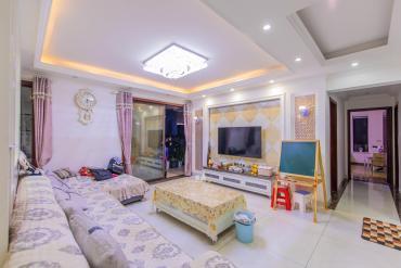 華潤鳳凰城三期  4室2廳2衛    185.0萬