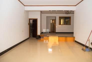 广电板块 步梯洋房 价格实惠 南北通透 挑高客厅