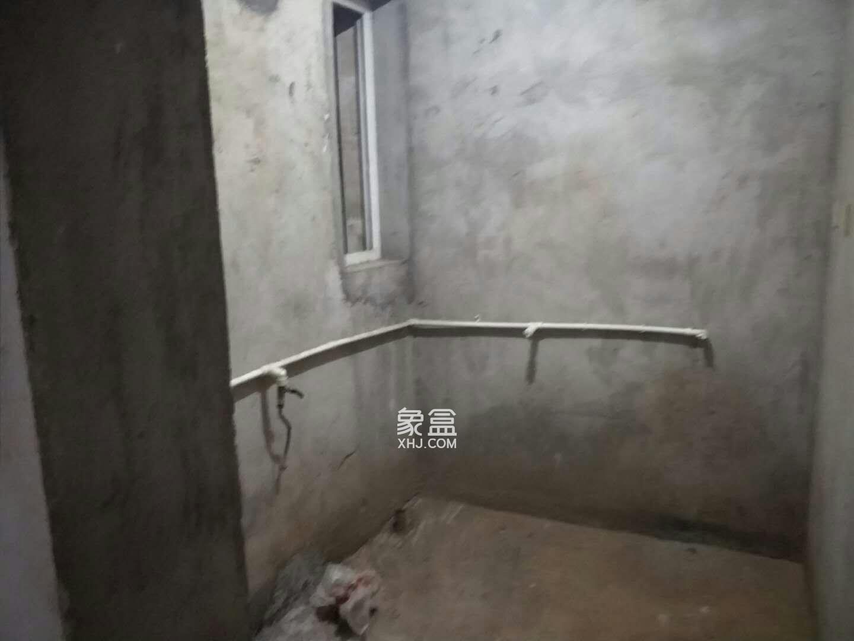 万鑫嘉园(万鑫阳光嘉园)  4室2厅2卫    108.0万