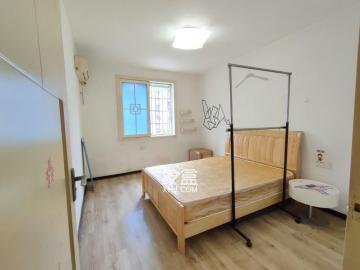 荷花园小区  3室2厅1卫    2000.0元/月