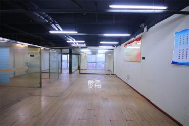 银天国际  1室1厅1卫    200.0万