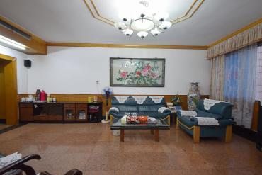 长沙市烟草专卖局单位宿舍  3室2厅2卫    117.0万