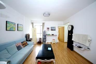 万家丽双地铁 口 百纳公寓精装二房 户型好 朝南向