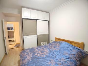 五江天街  2室2厅1卫    2400.0元/月
