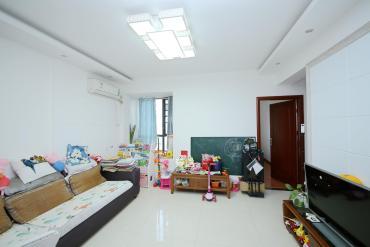 百纳广场(百纳公寓)  2室2厅1卫    103.0万