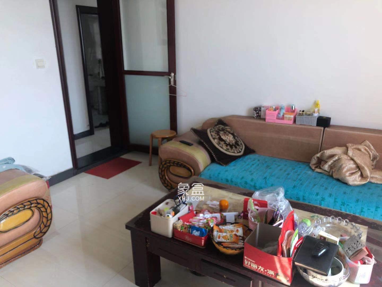 幸福家园  3室2厅1卫    1200.0元/月