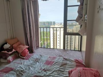 滨江帝景二期(三期)  3室2厅2卫    250.0万