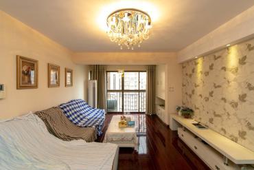 香樟鑫都  3室2廳2衛    150.0萬