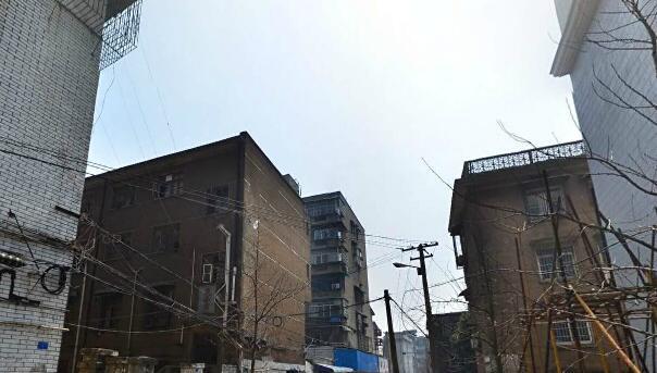 建湘新村环境图